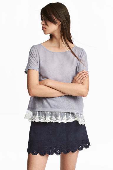 Top con bordo in pizzo - Lavanda -  | H&M IT