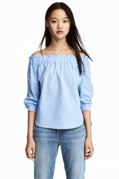 Off-the-shoulder blouse - Light blue/Checked - Ladies | H&M GB