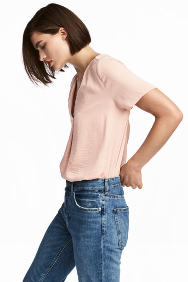 V-neck blouse - Powder pink -  | H&M