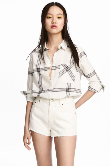 Flannel shirt - Natural white/Checked - Ladies | H&M