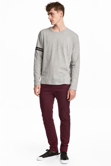 Cotton trousers Skinny fit - Burgundy - Men | H&M IE