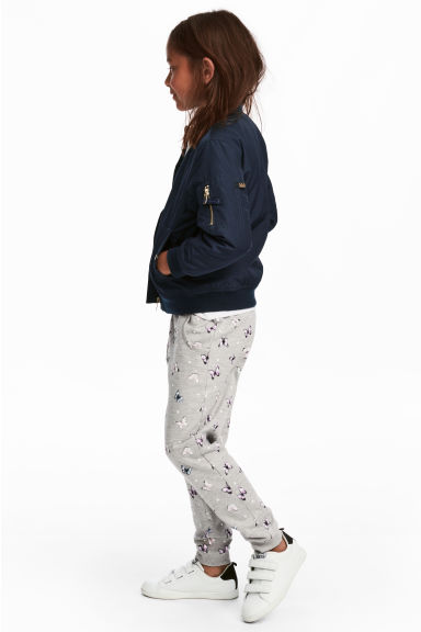 Sweatpants - Grey/Butterflies - Kids | H&M