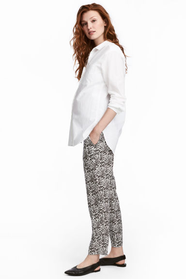 MAMA Patterned trousers - White/Patterned - Ladies | H&M