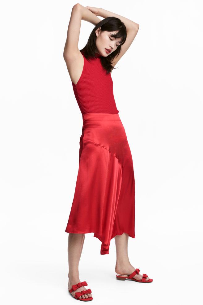 03d5182600 Satin skirt - Red - Ladies | H&M ...