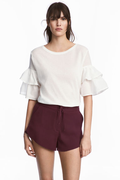 Crêpe shorts - Plum - Ladies | H&M
