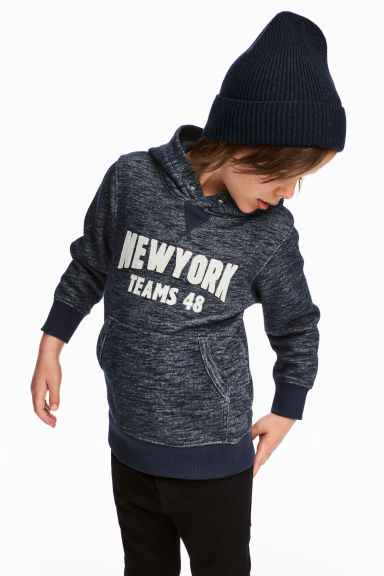 Hooded top with a motif - Dark blue marl - Kids | H&M CN