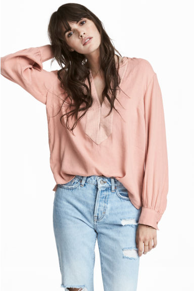 V-neck blouse - Powder beige -  | H&M
