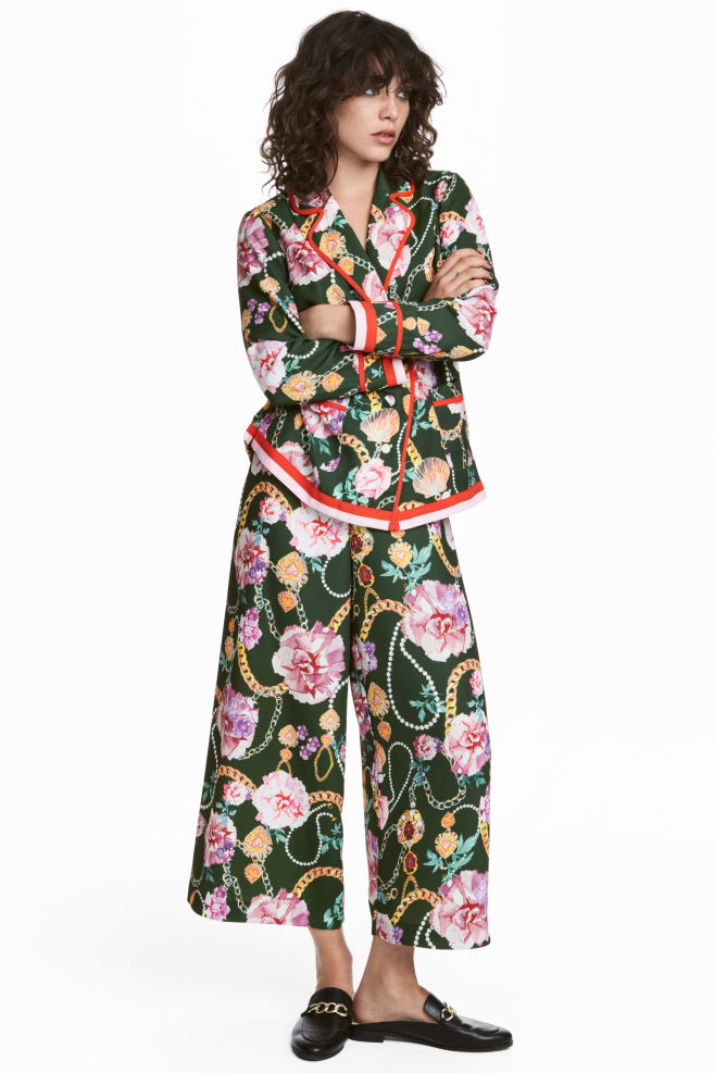 be5d6d4146a042 Wijde broek - Groen/bloemen - DAMES | H&M ...
