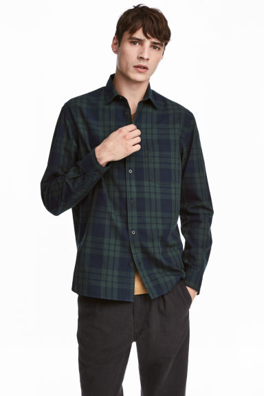 Cotton shirt Regular fit - Dark blue/Green checked - Men | H&M IE