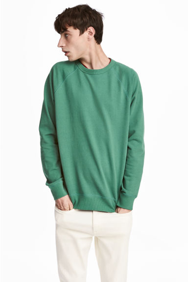 Sweatshirt with raglan sleeves - Green - Men | H&M