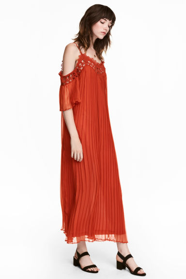 Pleated chiffon dress - Rust red - Ladies | H&M CN