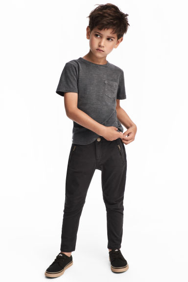 Twill trousers Shaped leg - Black - Kids | H&M CN