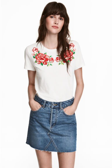 Top with appliqués - White - Ladies | H&M