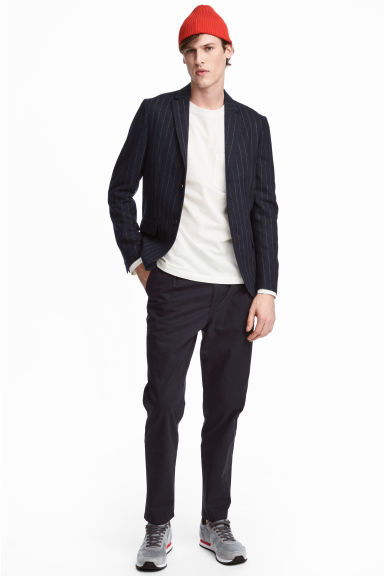 Chinos con pinces Relaxed fit - Blu scuro -  | H&M CH