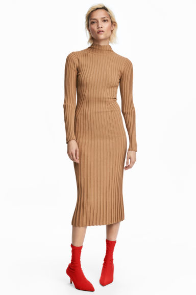 Knitted dress - Camel -  | H&M