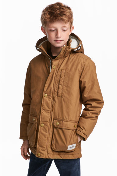 Padded parka with a hood - Camel - Kids | H&M CN