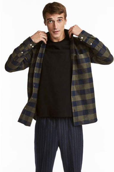 Checked shirt Regular fit - Khaki green/Blue checked - Men | H&M CN