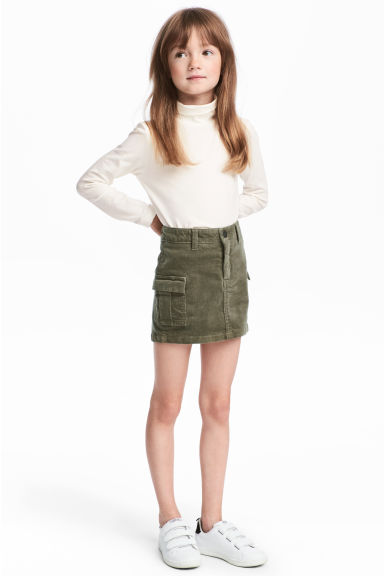 Corduroy cargo skirt - Khaki green - Kids | H&M IE