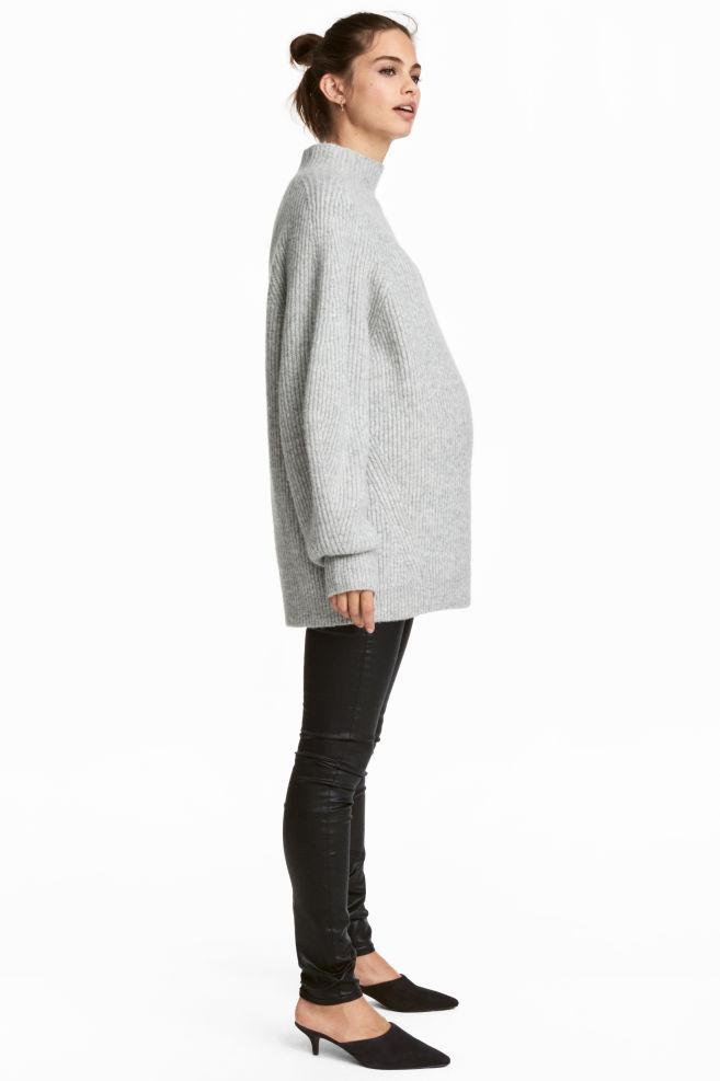 f1cd4b67246cd MAMA Skinny Coated Jeans - Black - Ladies | H&M ...