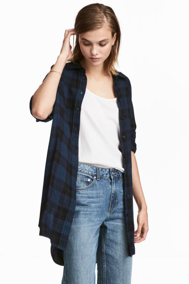 Long flannel shirt - Dark blue/plaid - Ladies | H&M IE