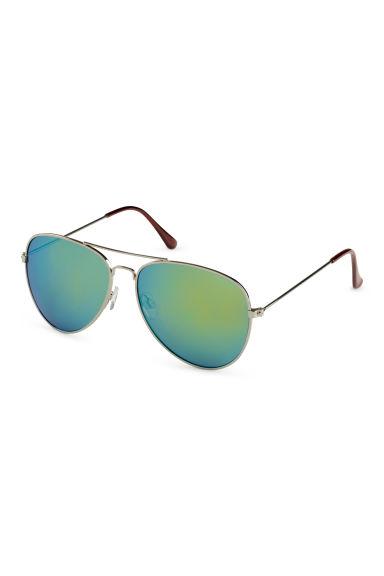 lunettes de soleil vert femme h m fr. Black Bedroom Furniture Sets. Home Design Ideas