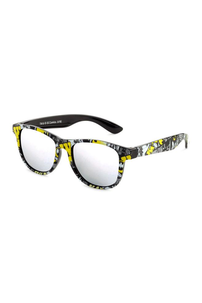 8b67bf4426d Sunglasses - Black Batman - Kids