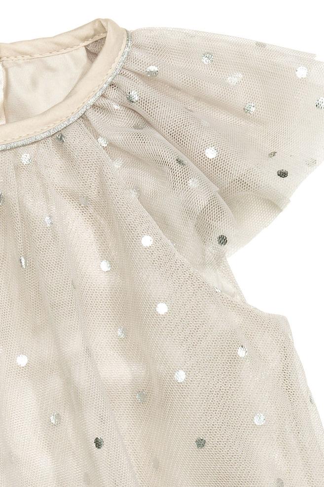 513e4194e106 Puntíkované tylové šaty - Šedobéžová - DĚTI