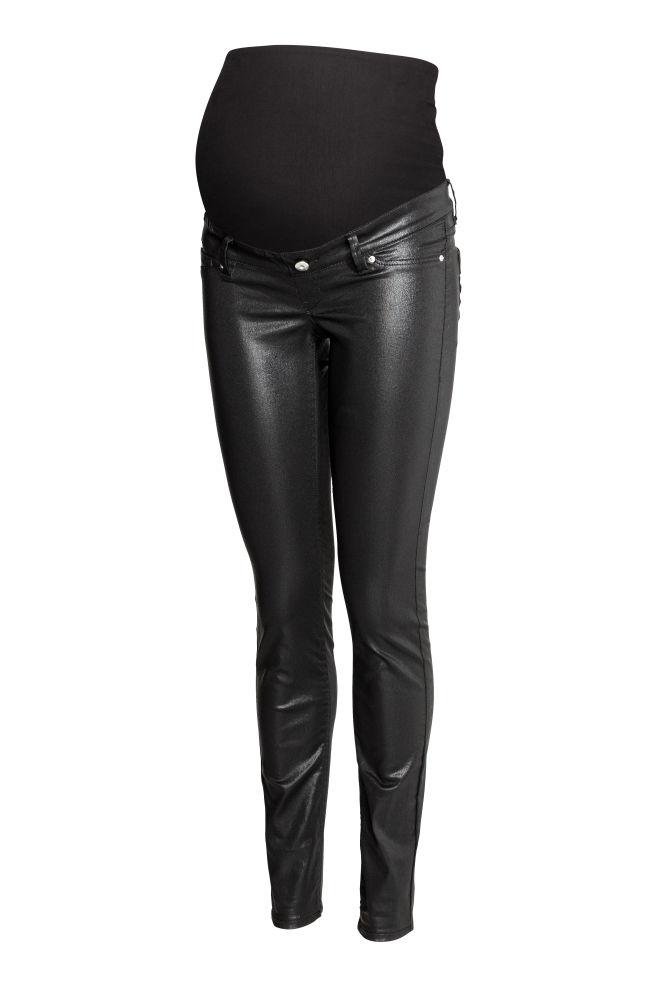 645983c47e8a0 MAMA Skinny Jeans Coated - Black - Ladies | H&M ...
