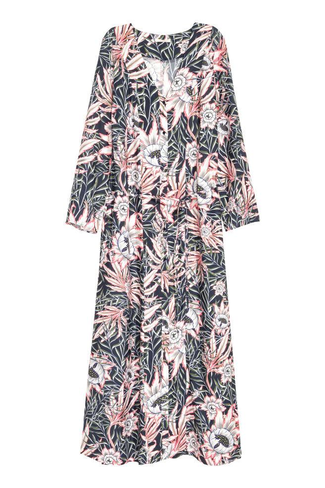 dbd2a5440f Patterned maxi dress - Dark blue/Floral - Ladies   H&M ...