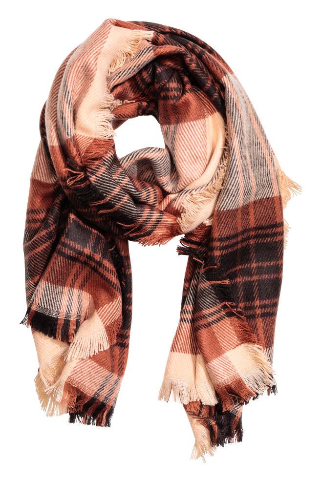 02142bdb6f Kockás sál - Púder/kockás - NŐI | H&M ...