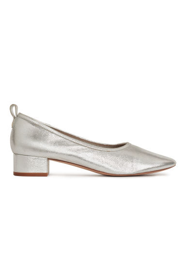 Low court shoes - Silver -  | H&M