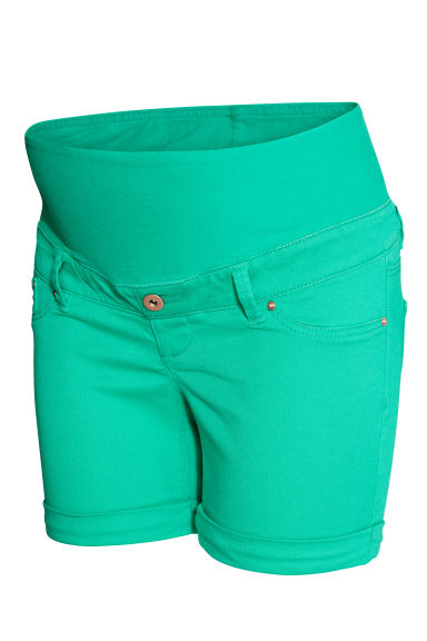 MAMA Shorts in twill - Verde - DONNA | H&M CH
