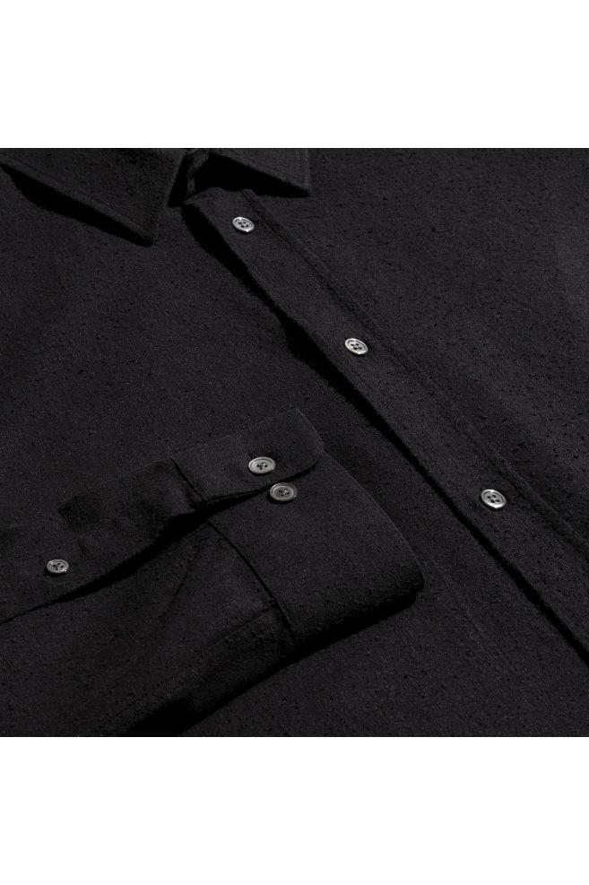 ca36d5c5 Skjorte i silke - Sort - HERRE   H&M ...
