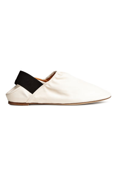 Slip-on leather loafers - Natural white - Ladies | H&M