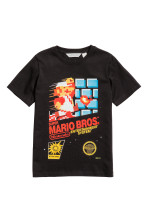 Zwart/Super Mario Bros.