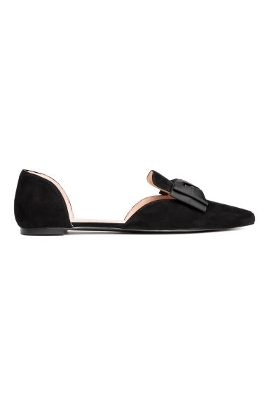 Pointed flats with a bow - Black - Ladies | H&M