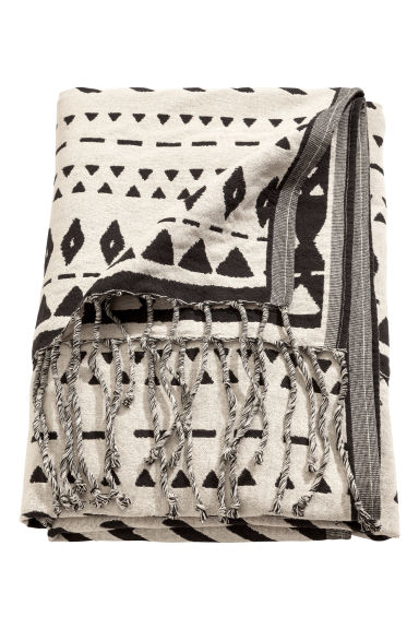 Jacquard-weave blanket - Natural white/Black -  | H&M IE
