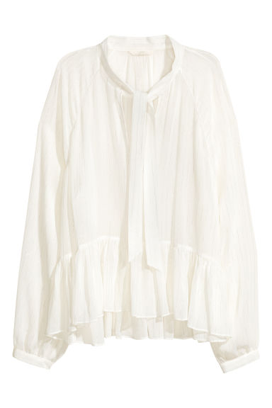 Crêpe blouse with a tie - Natural white/Silver-coloured - Ladies | H&M