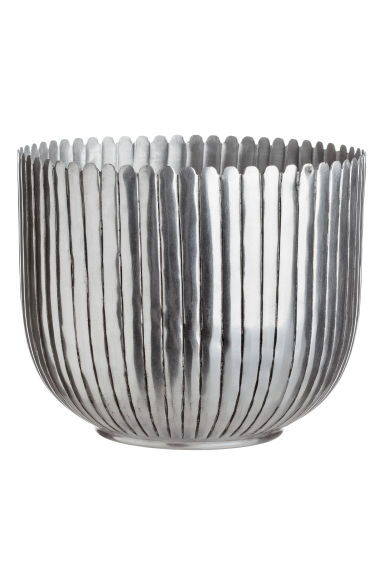 Stor kruka i metall - Silver - Home All | H&M SE